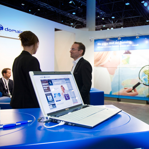 united domains AG | Exhibition-Branding Messestand