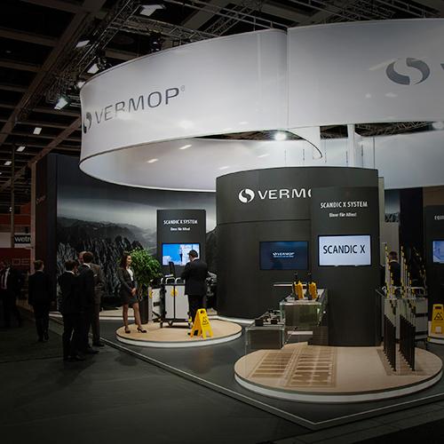 VERMOP | Exhibition-Branding Messestand CMS Berlin